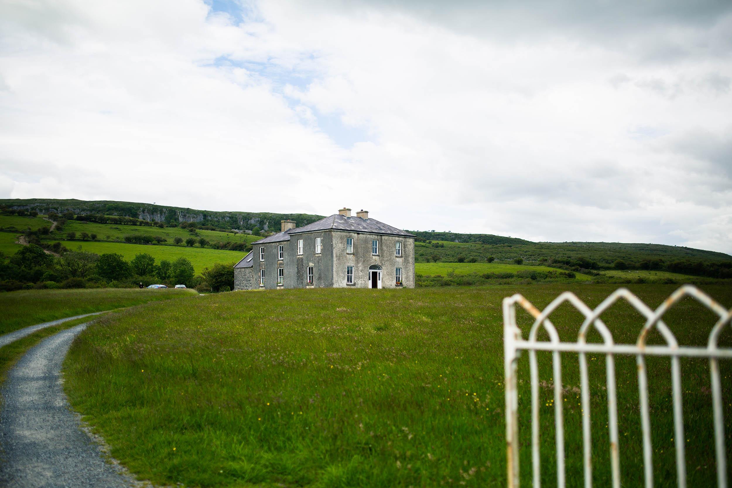 IRELAND_CLARE_THEBURREN_0000