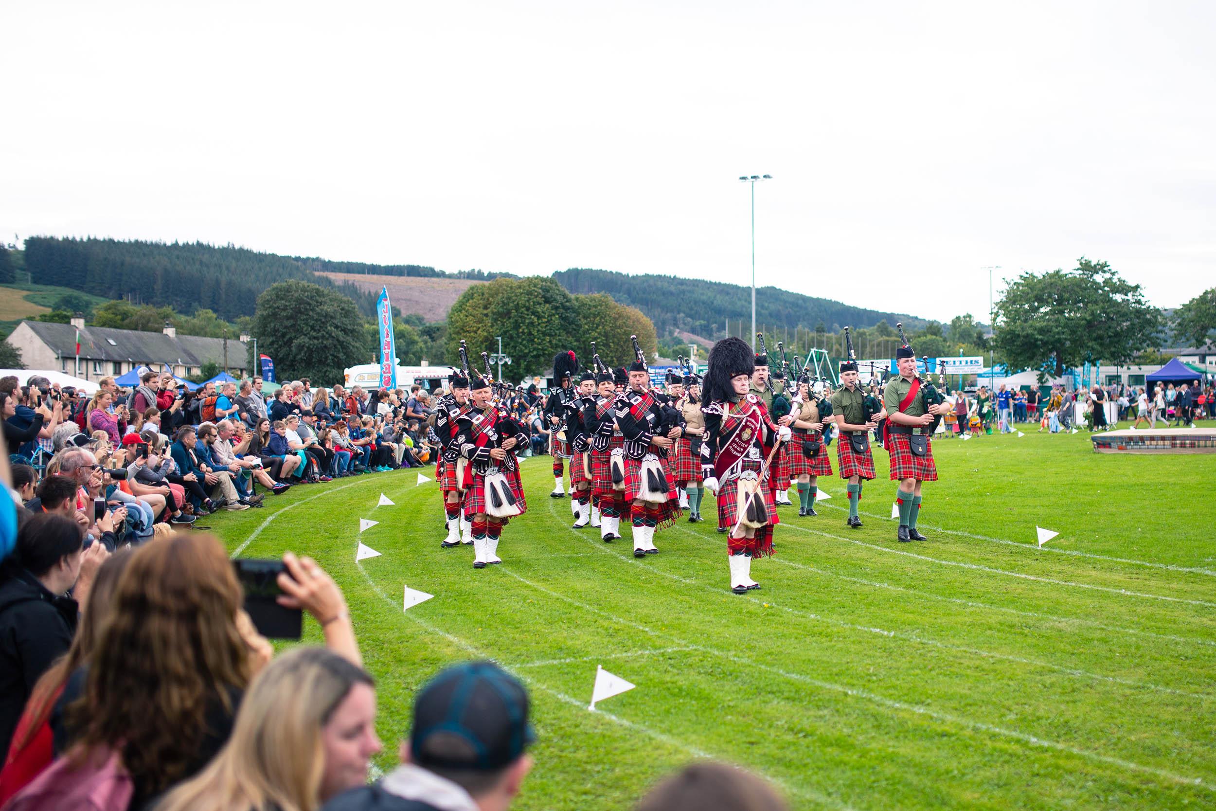 SCOTLAND_LOCHNESS_HIGHLANDGAMES_0004