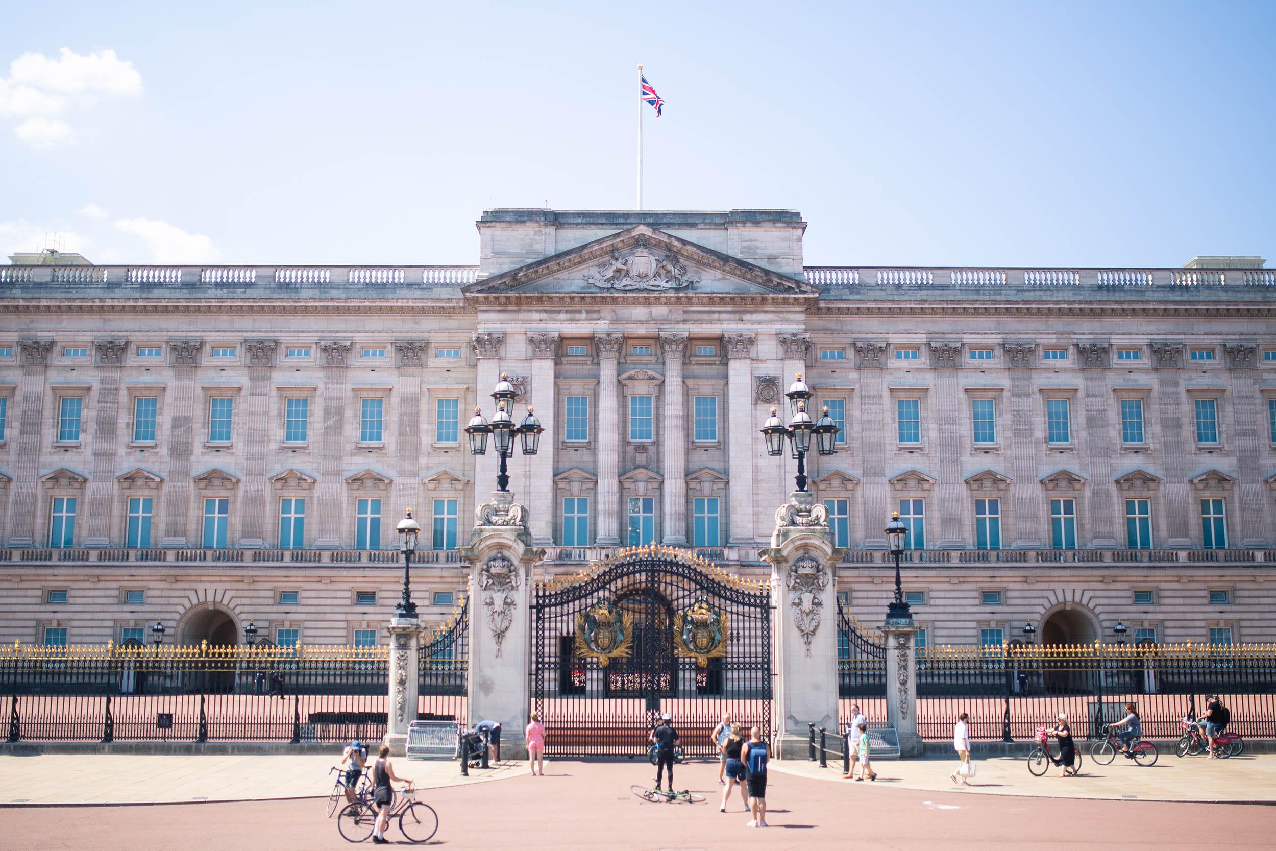 ENGLAND_LONDON_BUCKINGHAMPALACE_0003